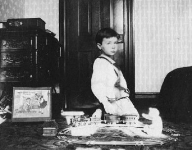 c1900boywithIves