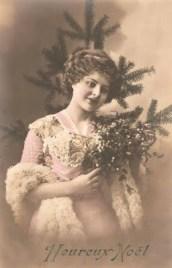 vintage heureux noel lady and tree